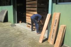 Making-Pallet-Shipment-CC72